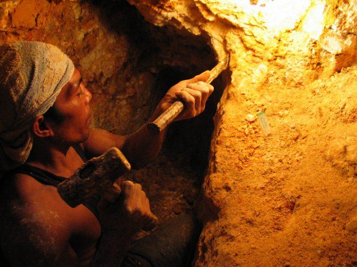 Filippine: la ministra per l'ambiente Regina Lopez costretta a lasciare l'incarico
