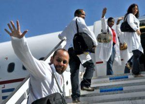 Eine Armee weißer Kittel: Über die medizinische Solidarität Kubas