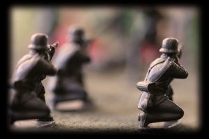 Anuncian reforma del ejército en medio de escándalo neonazi