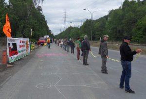 50 000 manifestants belges, allemands et hollandais exigent l'arrêt des centrales nucléaires de Tihange 2 et Doel 3