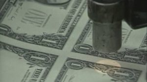 Cinco hombres poseen tanta riqueza como la mitad de la población mundial