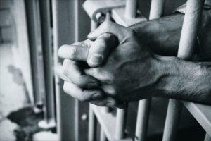 """Ergastolo: la voce dei detenuti, delle famiglie e di chi vive il carcere. La """"Rassegna Stampa"""" dal fine pena 9.999"""