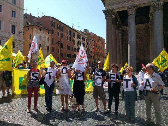 PD e MDP (di nuovo assente) votano sì al CETA con Forza Italia… e contro l'Italia