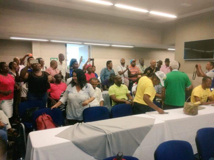 Hay acuerdos para levantar el paro cívico en Buenaventura, Colombia