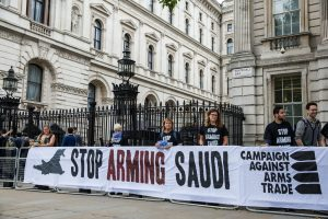 """""""Basta bombe, fermiamo il conflitto e la crisi umanitaria in Yemen"""""""