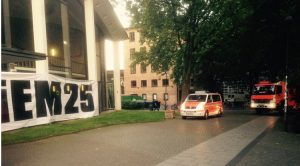 False fire alarm shortly before Assange video appearance at DiEM25 event in Hamburg