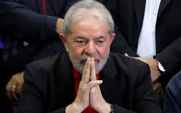 Brasil: golpe tras golpe, en la destrucción del presente y del futuro