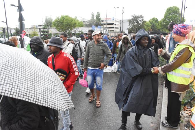 Une nouvelle évacuation au centre humanitaire porte de la Chapelle