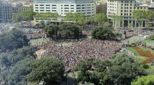 Barcelona, 130.000 personas se concentran para denunciar la violencia