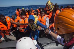 Il Parlamento Europeo boccia la risoluzione sui porti aperti
