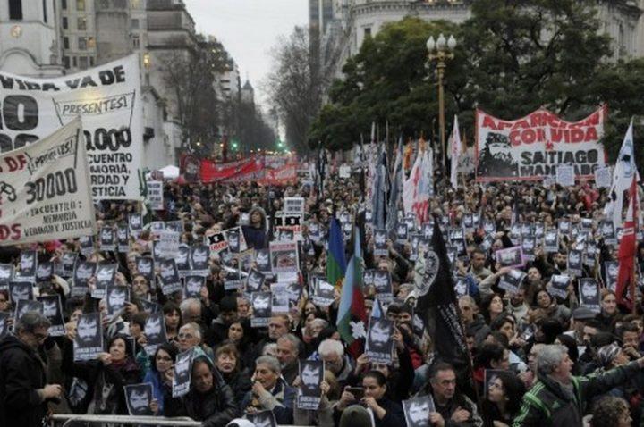 [Où se trouve Santiago Maldonado ?]  Argentine : le premier porté disparu de l'ère Macri pour les intérêts de Benetton !
