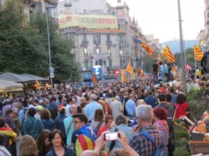 Catalogna, aumentano le tensioni per il referendum per l'indipendenza. L'Europa deve mediare per una soluzione pacifica del conflitto