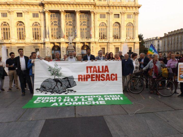 Iniciativa Italia reflexiona – Plaza Castello – Turín