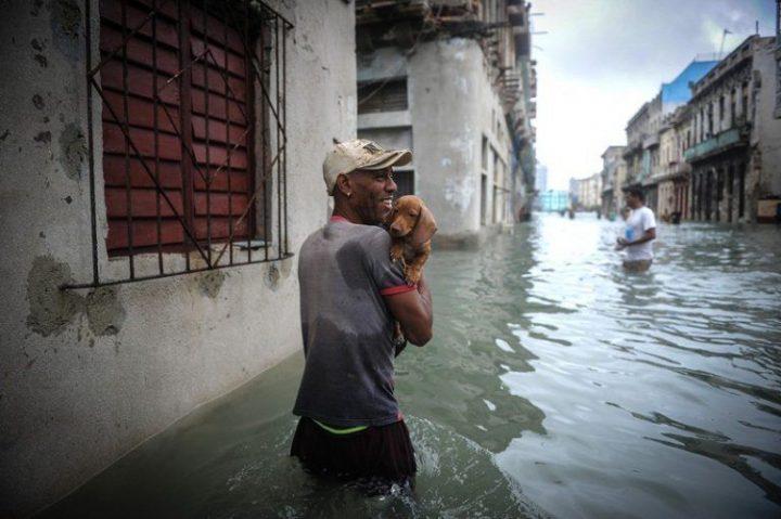 Habana-bajo-agua11-AFP-768×511