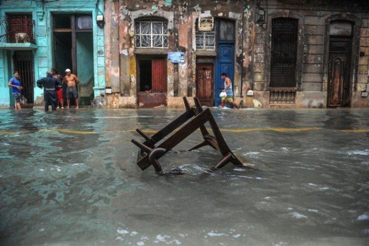 Habana-bajo-agua15-AFP-768×511