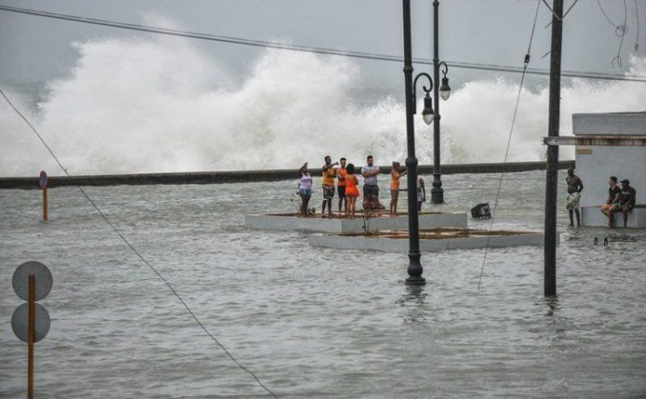 Habana-bajo-agua3-AFP-768×475