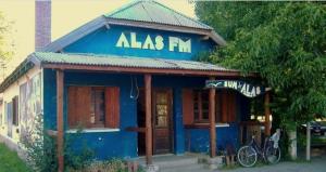 """Amenaza a FM Alas: """"Más que atacando nos terminan fortaleciendo"""""""