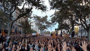 Barcelona En Común inicia el debate sobre el impacto del artículo 155