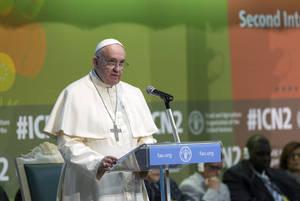 Papa Francesco esorta ad intervenire sul cambiamento climatico e sui conflitti per affrontare l'emigrazione