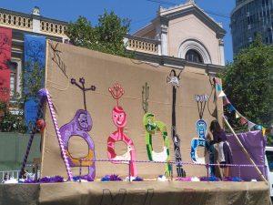 Chile: Pasacalles, vecinos de Santiago honran a Violeta Parra