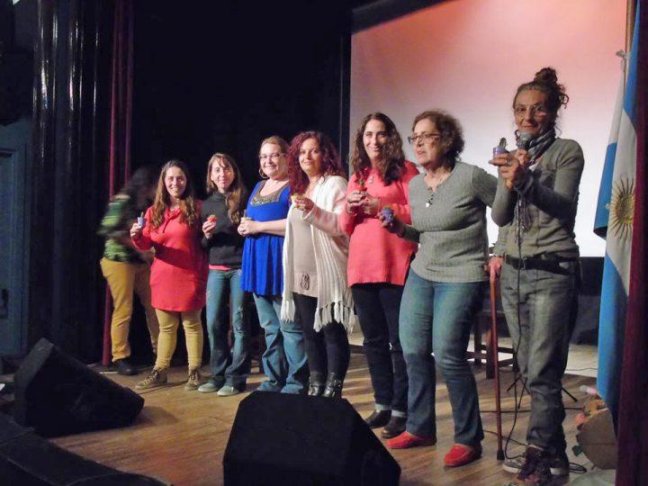 Cerró la semana de la no violencia con un reconocimiento para el Movimiento de Mujeres
