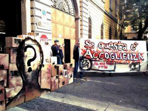 Se questa è accoglienza: Lunedì 23 ottobre @Piazza della Scala, Milano