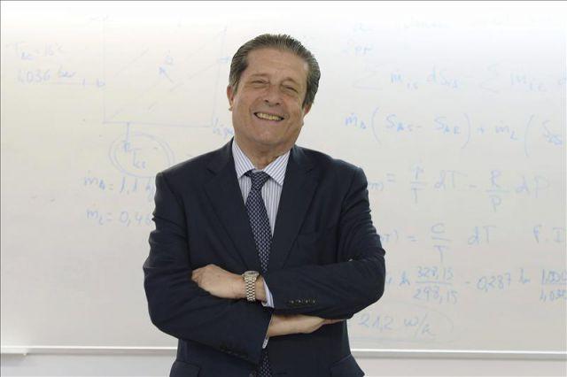 Federico Mayor Zaragoza dóna suport a la 2a Marxa Mundial