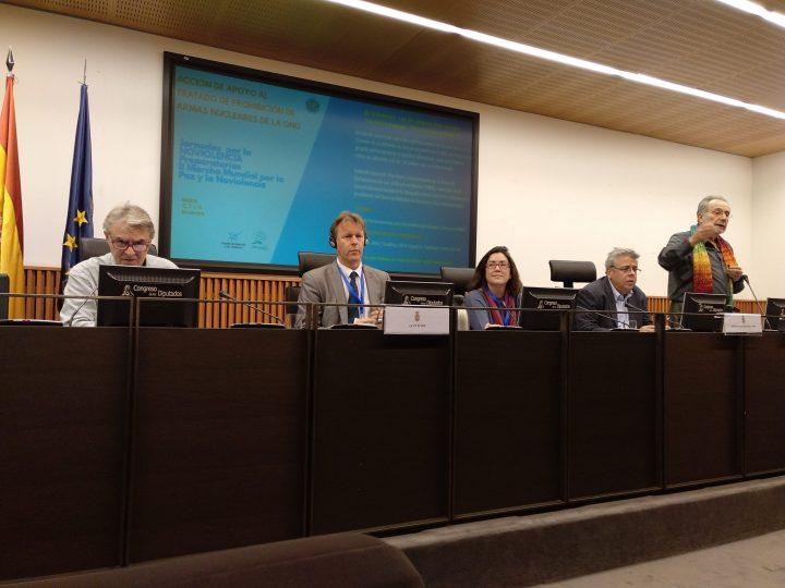 50 parlamentarios se incorporan al PNND en la 1ª Jornada por la Noviolencia