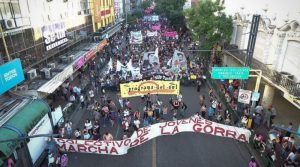 Miles de jóvenes protagonizaron una nueva edición de la Marcha de la Gorra