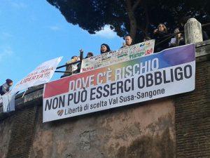 Vaccini: presidio a Roma di fronte alla Corte Costituzionale