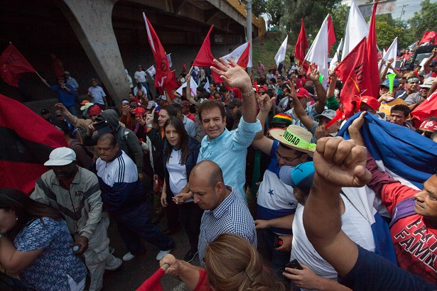 Youth mobilization challenges election fraud in Honduras