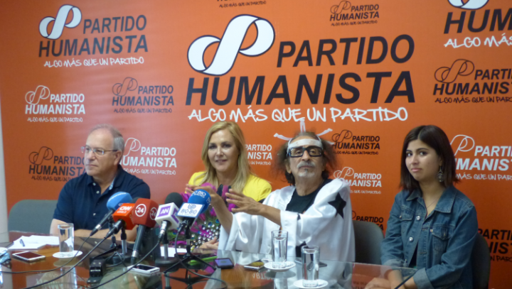 "Chile: the humanist parliamentary bloc ""with both feet in the street"""