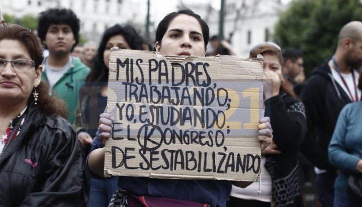 Perù, ne abbiamo abbastanza, quello che non va è il sistema!