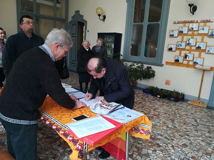 L'Arcivescovo di Milano firma per il Trattato di Proibizione delle Armi Nucleari
