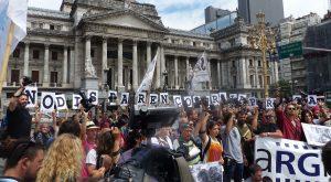 ¡No disparen a la prensa! Camarazo de reporteros gráficos en Buenos Aires