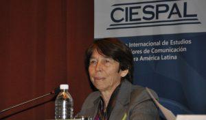Argentina deporta a dos periodistas por opinar distinto, la OMC calla