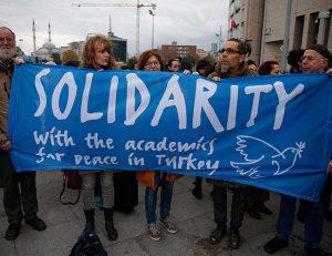 Ξεκίνησαν οι δίκες των πανεπιστημιακών στην Τουρκία