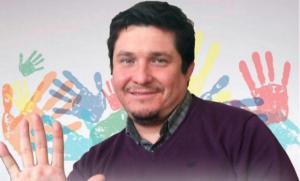 """Gonzalo Montoya, Alcalde de Macul: """"Nos importa poner cariño en lo que hacemos"""""""