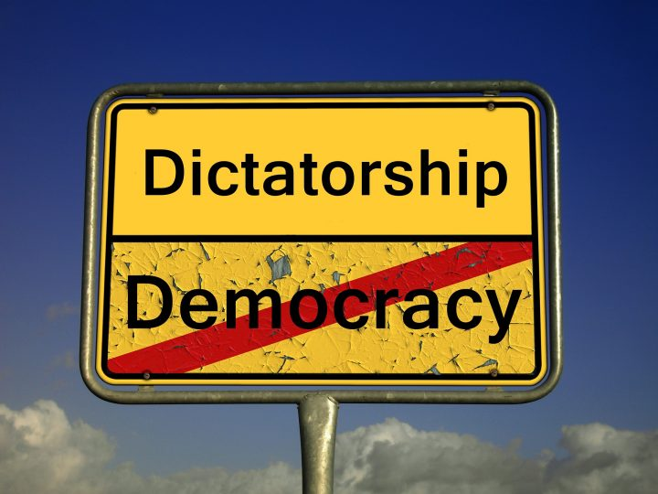 ¿La democracia terminó?