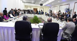 Hoy se reanudan los diálogos entre gobierno y oposición venezolana