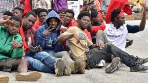 Migrazioni: una proposta per uscire dall'imbuto