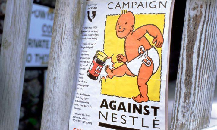 H Nestlé και οι παραπλανητικές διαφημίσεις για το βρεφικό γάλα σε σκόνη
