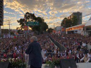 AMLO cierra precampaña electoral mexicana con ventaja en las encuestas