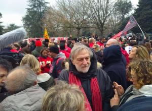 """Macerata, oltre diecimila al corteo antirazzista. Strada: """"Siamo qui per dire no alla violenza dilagante"""""""