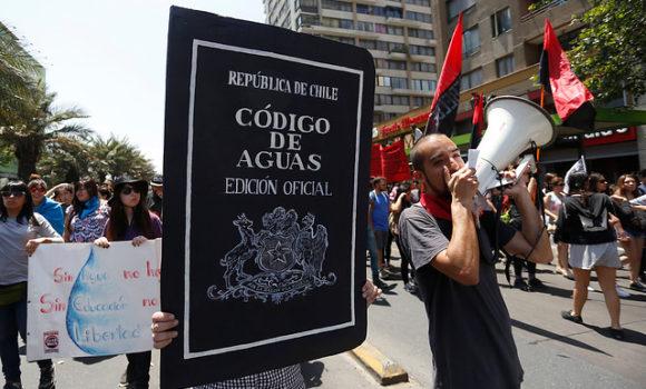 Reforma al Código de Aguas: Estos son los ministros de Piñera que tienen derechos de aprovechamiento del recurso hídrico