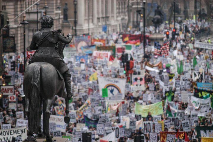 Δέκα εικόνες από το μεγαλύτερο αντιπολεμικό συλλαλητήριο της ιστορίας