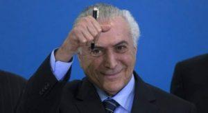 Temer y CEO de Nestlé buscan privatización del agua en Brasil