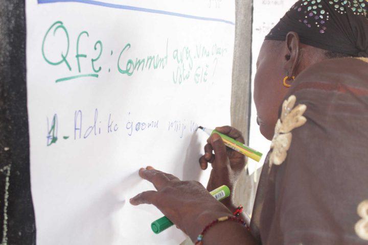 Donne sui banchi di scuola per favorire lo sviluppo del Senegal