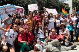 ¡Si nosotras paramos, para el mundo!: Venezolanas demandan profundizar en el debate sobre la interrupción voluntaria del embarazo