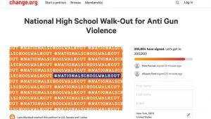 Stati Uniti, protesta in 2.600 scuole contro la violenza da armi da fuoco